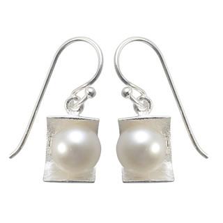 Perlenliege - Silber Perlenohrringe - gebürstet/poliert